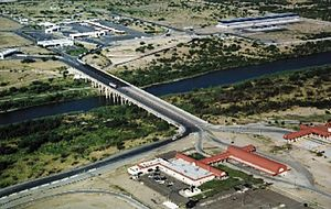 Laredo–Colombia Solidarity International Bridge - Laredo International Bridge 3