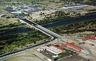 Laredo–Colombia Solidarity International Bridge - Laredo International Bridge 3