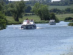 Cruising down the Nene - geograph.org.uk - 1339770.jpg