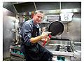 Cyril Rouquet dans les cuisine de Louvre Bouteille.jpg