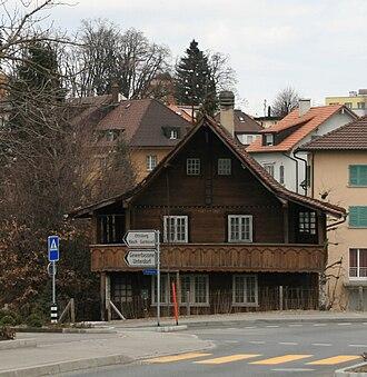 Düdingen - Houses in Düdingen