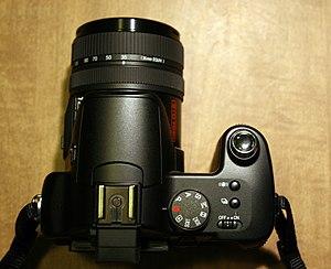 Panasonic Lumix DMC-FZ30 - Image: DMC FZ30 top 2