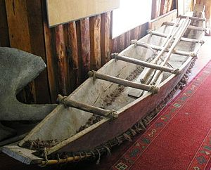Maritime history of Chile - Reconstruction of a dalca a type of pirogue that were used in Chiloé Archipelago, by both Spaniads and Huilliches who adopted it from the Chono people