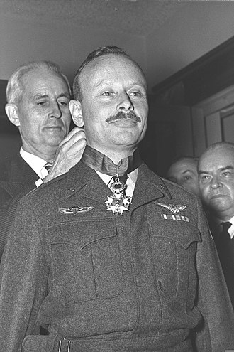 Dan Tolkowsky - Tolkowsky being decorated with the French Légion d'honneur, 1958