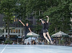 Dancers in Bryant Park (91755).jpg