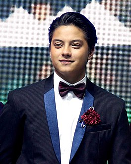 Daniel Padilla at Celebrate Mega in Iceland 2016 (6).jpg
