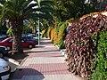 """Das ist eine Straßenseite vom Hotel """"BOTANICO"""" - panoramio.jpg"""