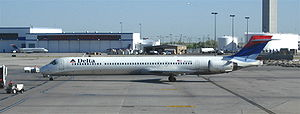 A Delta Air Lines MD-90 (N910DN) at Salt Lake ...