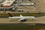 Delta N608DA Boeing 757-200 (22184640089).jpg