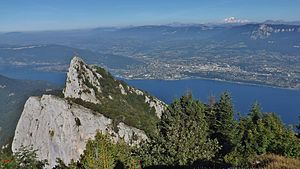 Aix-les-Bains - Aix-les-Bains in the background of the Dent du Chat, on the shore of the Lac du Bourget