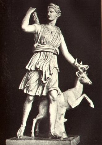 "Marble sculpture - Diana of Versailles statue in the Louvre: note use of skirt, tree stump, and stag for support of the body and lower arm and the ""pinning"" of the upper arm to the arrows in the quiver, forming several closed loops that are thus stronger"