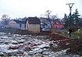 Dolní Mokropsy, městská pláž, nahromadění ker v lednu 2011, pohled ke mlýnu.jpg