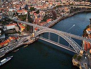Dom Luís I Bridge bridge in Porto