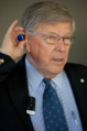 Dr Anders Tjellström testing Cochlear Baha wireless accessories.PNG
