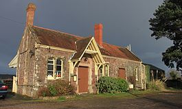 Dunster station in 2013.jpg