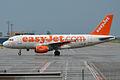 EasyJet, G-EZIL, Airbus A319-111 (16454973691).jpg