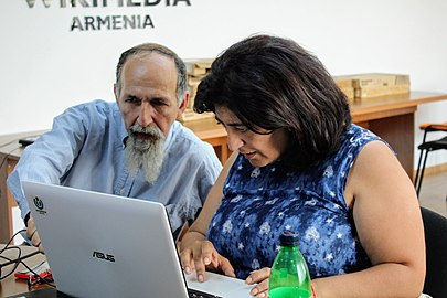 "Edit-a-thon in the frameworks of ""Wiki Loves Yerevan"" project, 16 June 2018, Wikimedia Armenia 01.jpg"