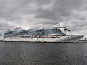 Emerald Princess Starboard Side Tallinn 11 July 2012.JPG