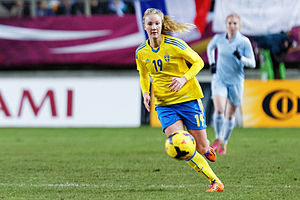 Emma Lundh - Playing for Sweden against France in 2014