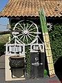 Entrada do Engenho Santo Mário em Catanduva. O local é ponto turístico da região, com a venda de bebidas artesanais e garapa. - panoramio.jpg