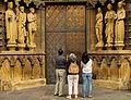 Entrance Liebfrauenkirche Trier.jpg