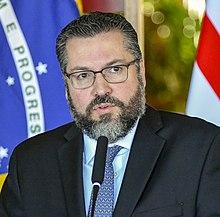 Ernesto Araújo (46571408771) (cropped).jpg