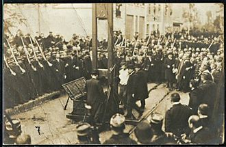 Anatole Deibler - Image: Execution of Liottard and Berruyer and David in 1909 2