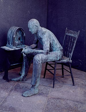 Fireside chats - The Fireside Chat, bronze sculpture by George Segal in Room Two of the Franklin Delano Roosevelt Memorial, Washington, D.C.