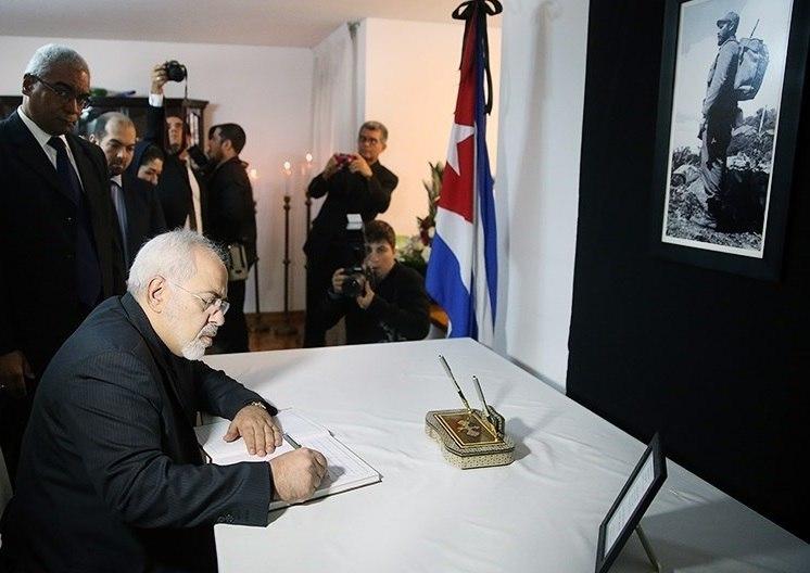 FM Javad Zarif at Cuban Embassy for condolencing the death of Fidel Castro 02