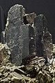 Ferberit auf Arsenopyrit a DSC 5170.jpg