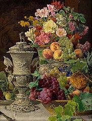 Stillleben mit Früchten, Blumen und silbernem Pokal