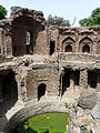 Feroz Shah Kotla Baoli (3545671389).jpg