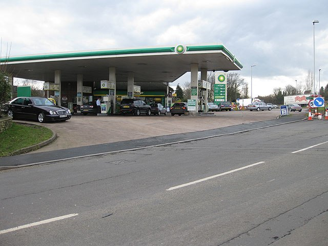 Filling station off the A40 roundabout - geograph.org.uk - 1169731