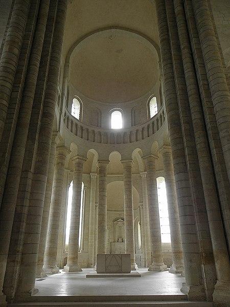 Chœur de l'abbatiale de Fontevraud (49).