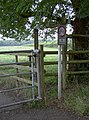 Footpath gate and sign - geograph.org.uk - 2557654.jpg