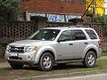 Ford Escape 2.3 XLT 2008 (11013213543).jpg