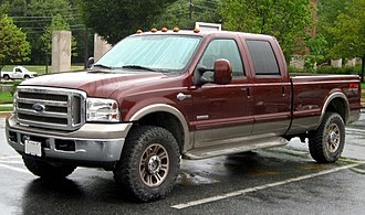 Ford Super Duty - 2005–2007 Ford F-350 King Ranch crew cab