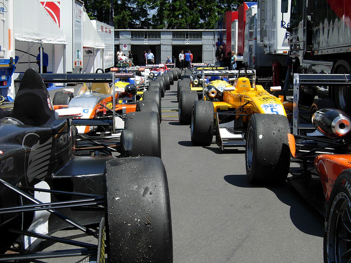 Cars That Start With A K >> Parc fermé - Wikipedia