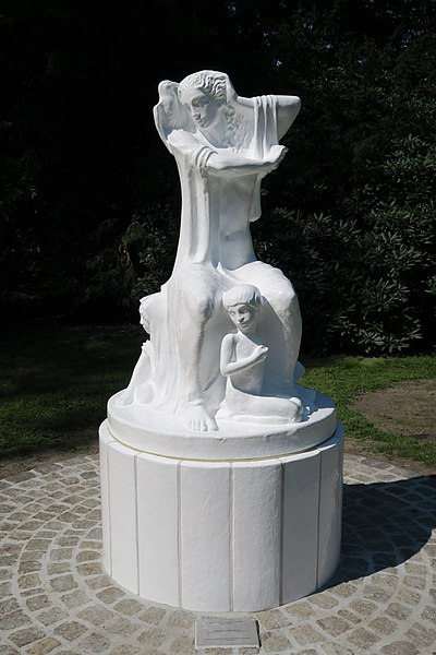 Elena Luksch-Makowsky, a replica of Women's Fate, 1911
