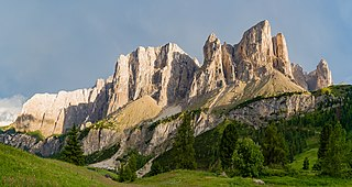 Frea pass Sella group Pisciadu Dolomites South Tyrol.jpg