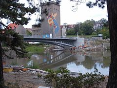 Görlitz Altstadtbrücke Zgorzelec NO 2004.jpg