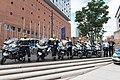 G-20 - Polizei Gruppenfoto Elbphilharmonie 01.jpg