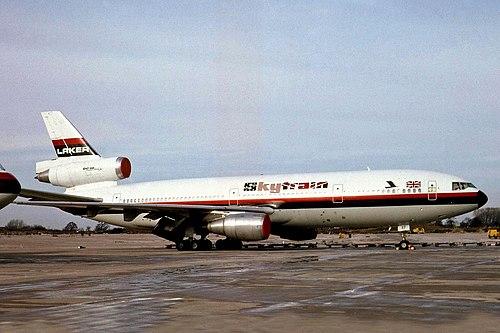 G-BGXF DC-10-30 Laker Aws MAN 07FEB82 (5600774769).jpg
