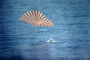 Gemini 10 - Splashdown of Gemini 10.