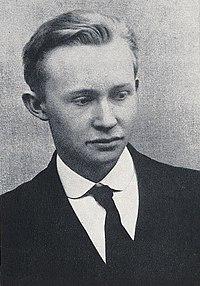 Georg Muche 1916.jpg