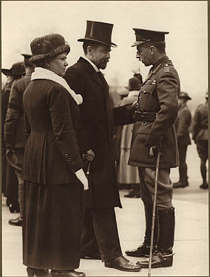 George Halsey Perley - Perley and his wife inspecting Lt. Gen. Sir Richard Turner during World War I