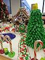 Gingerbread house and fondant Christmas tree (11407152225).jpg