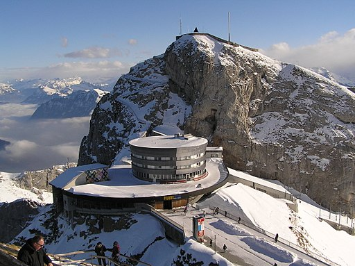 Gipfel und Bergstation Pilatus