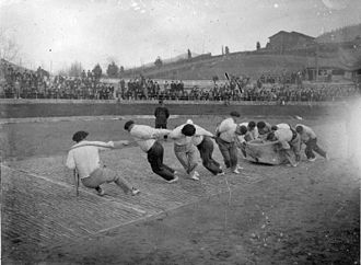 Basque rural sports - 11 people dragging a 4-ton stone in Eibar in 1940