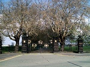 Wavertree Playground - Main gates of Wavertree Playground on Grant Avenue